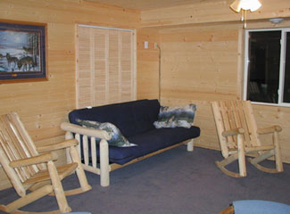 Cabin 7 has a comfortable living room.